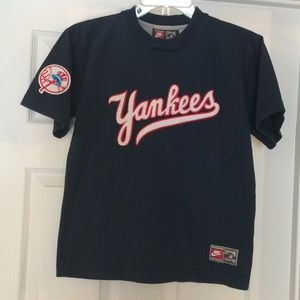 Nike Cooperstown collection Yankees tee